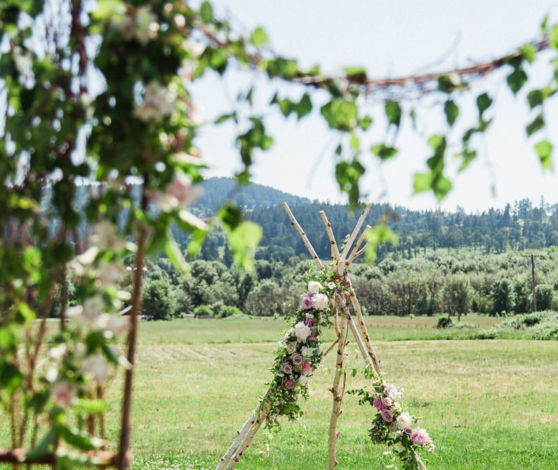 Country Meadows:  Styled Shoot